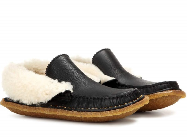 Mi-mocassins, mi-chaussons