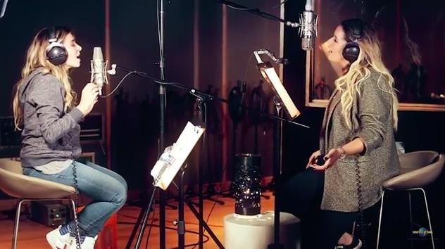 Julie Zenatti et Chimène Badi chantentZINA