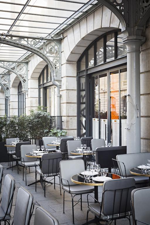 Ouverture de la nouvelle terrasse du restaurant LAZARE sur le parvis de la gareSaint-Lazare