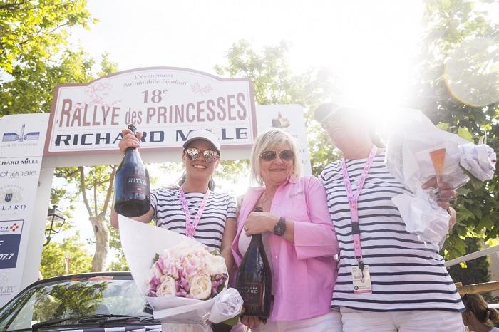 bordr_170601_174739_Princesses17