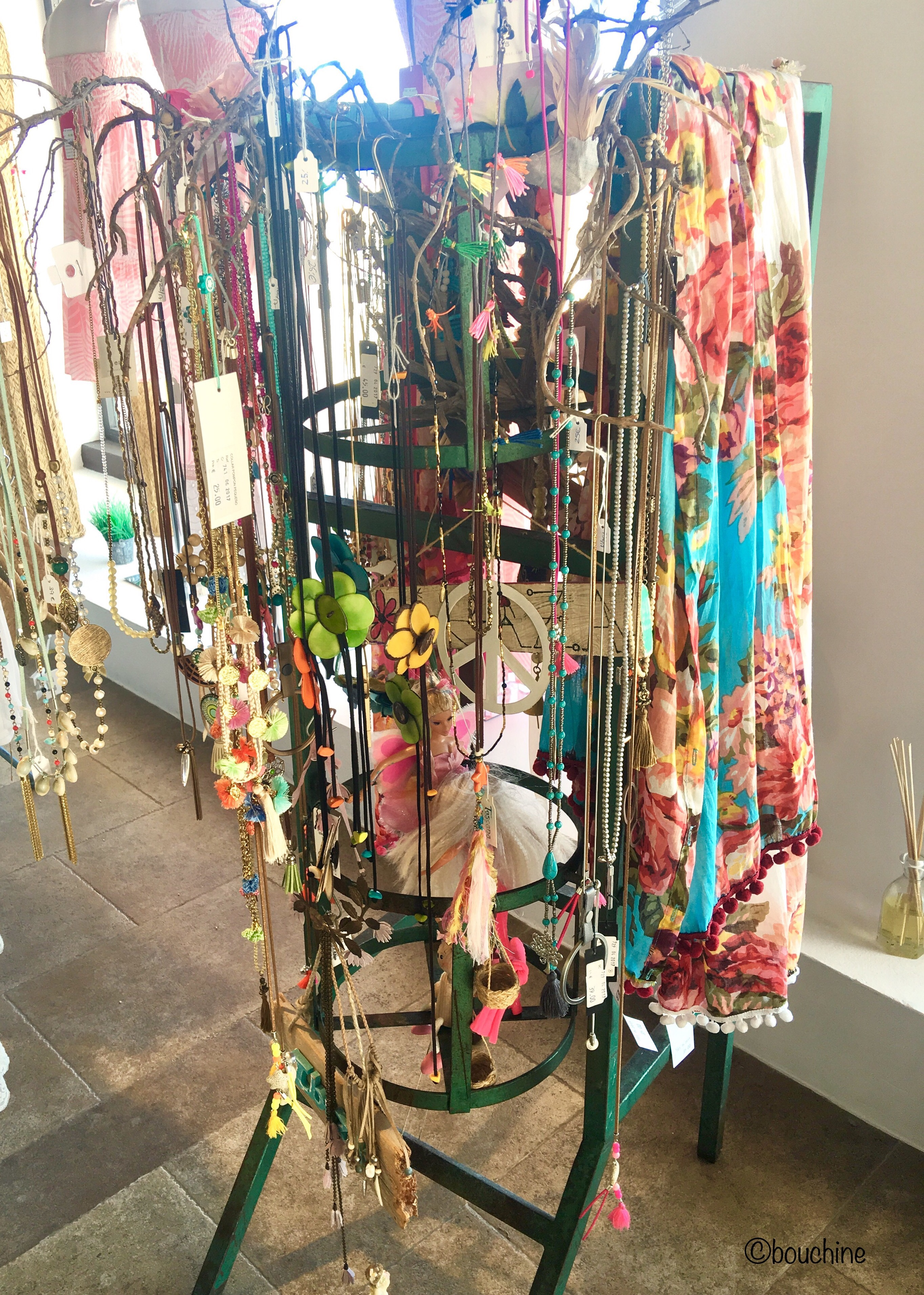 Sautoirs-boutique-ibiza-Calpe- zenitude-profonde-le-mag