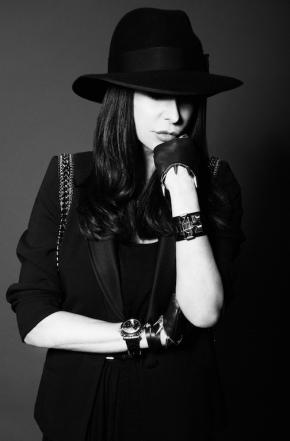 Stefanie Renoma Portrait 02