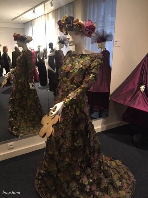 Robe longue Pierre Cardin - Musee Pierre Cardin